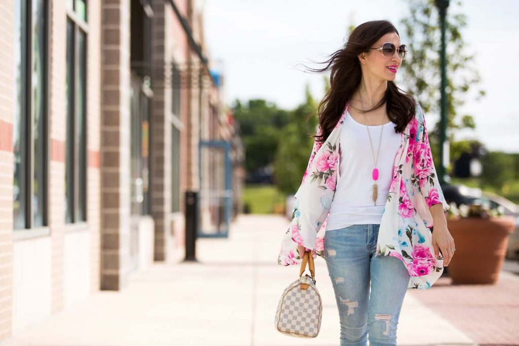 floral summer kimono and Louis Vuitton Speedy 25