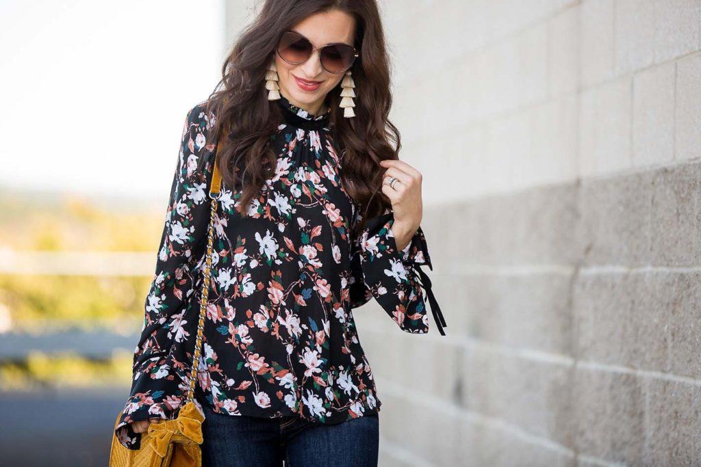 Bell Sleeve Floral Top velvet bag