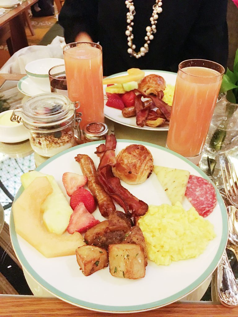 NYC girls trip recap bruch at the Plaza hotel