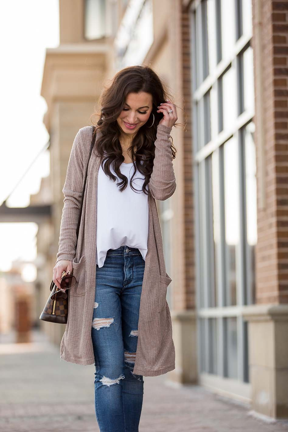 e809463aa44 long beige cardigan white tee ripped jeans